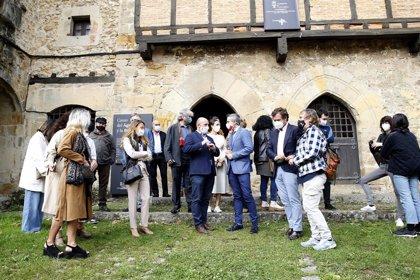 Zuloaga reivindica el talento creador de Cantabria y el compromiso del Gobierno con la cultura