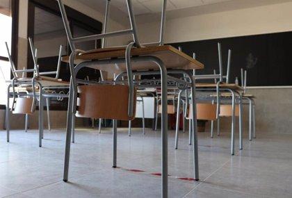 Cerrados diez centros educativos y 559 aulas por Covid en Andalucía, 100 más en cuatro días