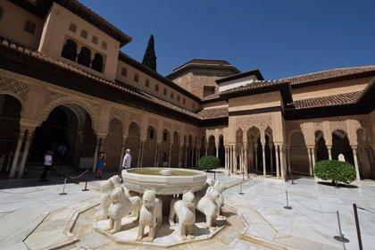 Un total de 768 alojamientos y 715 agencias de viajes se incorporan a 'Andalucía segura' para acceder al bono turístico