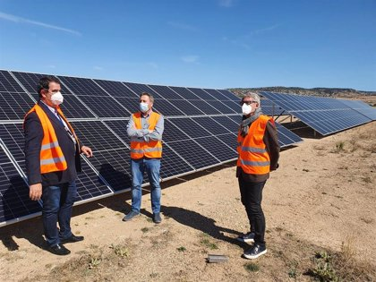 Finaliza la instalación de una planta fotovoltaica en el Aeropuerto de Teruel