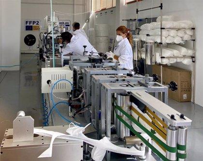 La primera fábrica gallega de mascarillas producirá 1,5 millones de unidades de FFP3 al mes en Vigo