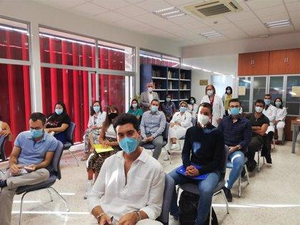 El Hospital Infanta Elena de Huelva recibe a 13 nuevos residentes que inician su formación como especialistas