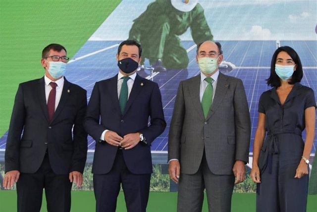 Inauguración de la planta fotovoltaica en el Andévalo de Huelva.