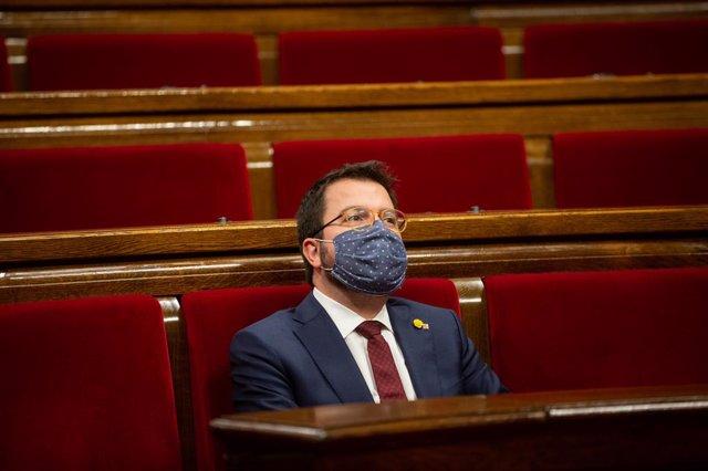 El president interí de la Generalitat, Pere Aragonès, en la sessió plenària monogràfica al Parlament sobre la inhabilitació de l'expresident Quim Torra. Barcelona, Catalunya (Espanya), 30 de setembre del 2020.