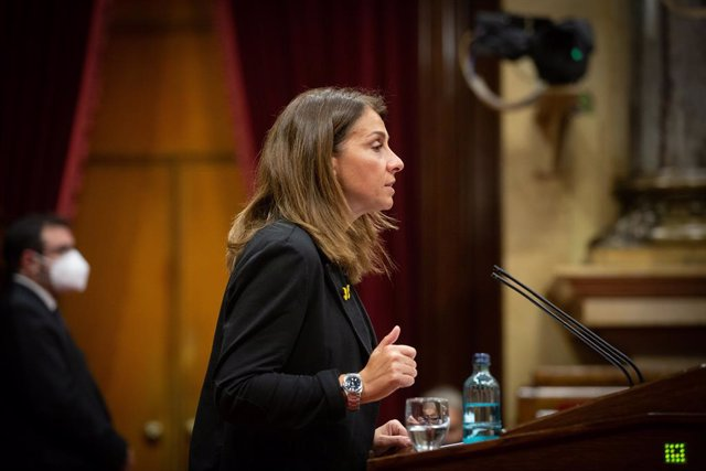 La consellera de Presidència i portaveu del Govern, Meritxell Budó, en la seva intervenció en el ple del Parlament específic sobre la inhabilitació de l'expresident de la Generalitat Quim Torra. Barcelona, Catalunya (Espanya), 30 de setembre del 2020.