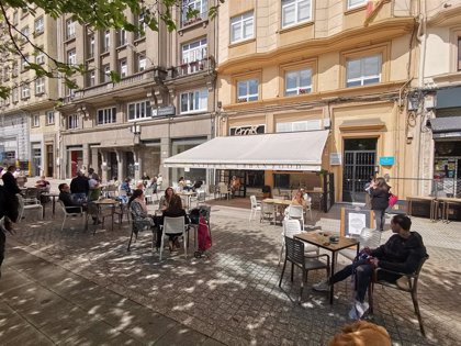 A Coruña permitirá temporalmente el cambio de licencia de pubs para que operen como cafeterías