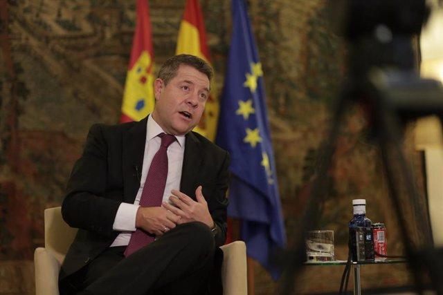 El presidente de la Junta de Castilla-La Mancha, Emiliano García-Page, en entrevista con Europa Press