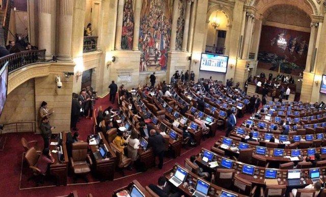 Colombia.- El Senado fija el 13 de octubre como fecha para debatir la moción de