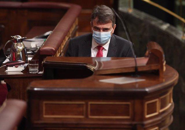 """El PNV cree que el """"clamoroso silencio"""" del Rey sobre su ausencia en Barcelona """""""