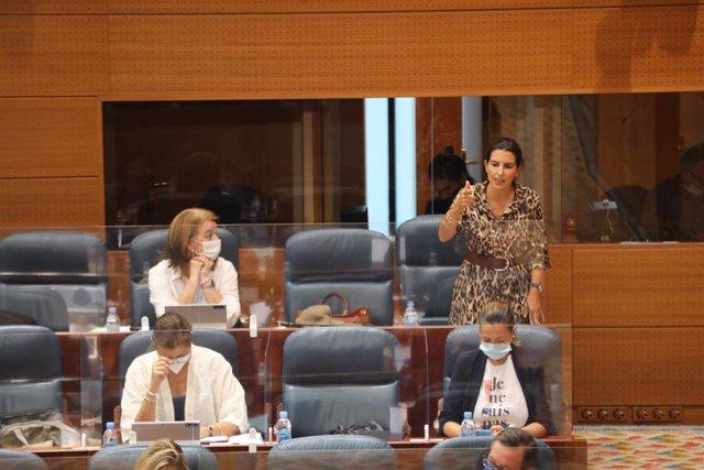 La portavoz de Vox en la Asamblea de Madrid, Rocío Monasterio, interviene en una sesión plenaria en Madrid (España) a 1 de octubre de 2020.
