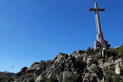 """Los obispos ven """"anacrónico"""" convertir el Valle de los Caídos en cementerio civil y defienden la Cruz y a los monjes"""