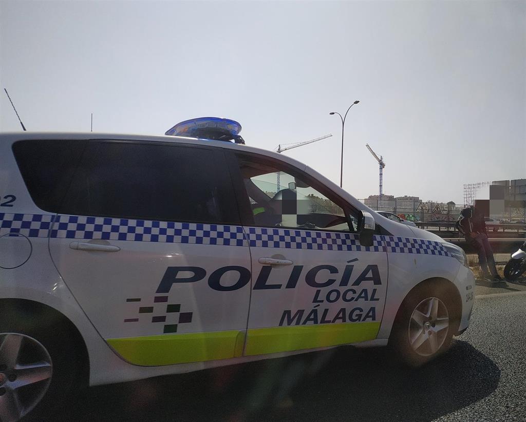 La Policía Local de Málaga llama a positivos con COVID-19 para comprobar que cumplen la cuarentena 3