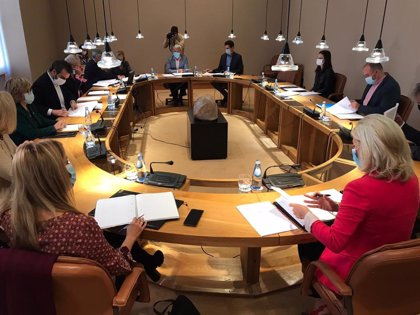 La comisión de reactivación económica, social y cultural postcovid se constituye el próximo jueves en el Parlamento