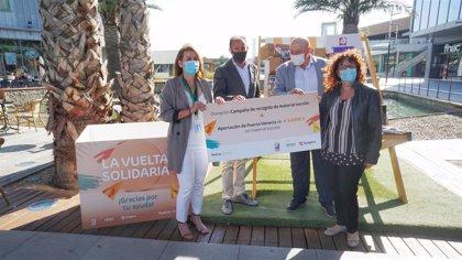 El shopping resort Puerto Venecia suma 3.600 euros al proyecto solidario 'Bolsa de Material Escolar'