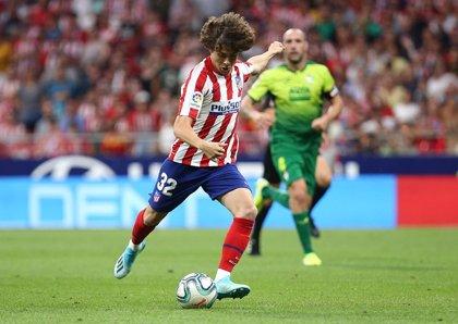 El Atlético de Madrid cede a Riquelme al Bournemouth