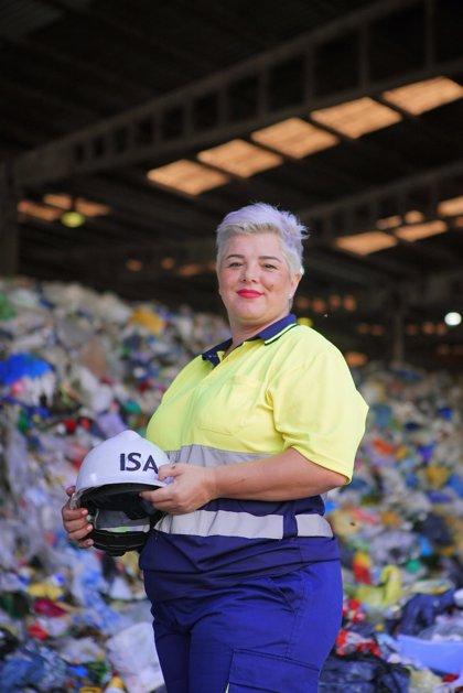 Cerca de 900 personas en riesgo de exclusión logran un empleo en el proyecto 'Reciclar para cambiar vidas'