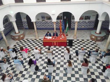 La Junta detalla a los alcaldes de los Pueblos Blancos el proyecto de señalética enmarcado en la ITI de Cádiz