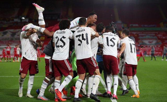 Fútbol.- El Arsenal elimina al Liverpool en los penaltis en la Carabao Cup