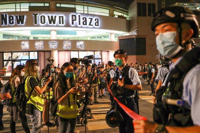 China.- El sospechoso del asesinato que originó las protestas en Hong Kong ofrec