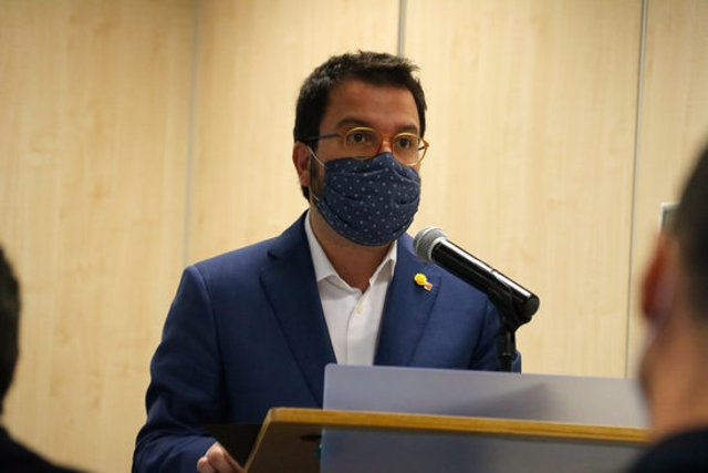 Pla mitjà del vicepresident del Govern amb funcions de president, Pere Aragonès, el 2/10/2020 (horitzontal)