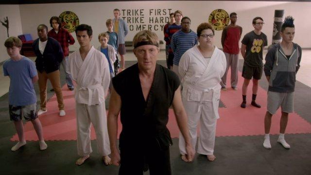 Imagen de la serie Cobra Kai de Netflix
