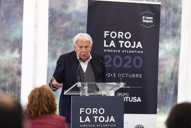 """Felipe González sale en defensa del Rey y resalta su """"prudencia"""", """"neutralidad"""""""