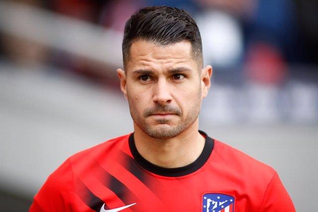 """Fútbol.- Vitolo pide disculpas al Sevilla: """"Me siento feliz, se cierra el confli"""
