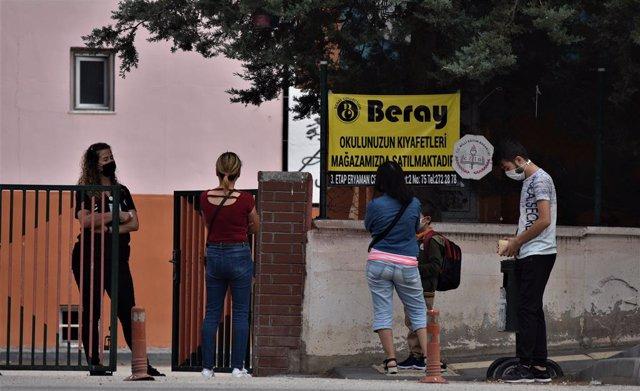 Coronavirus.- La OMS pide a Turquía que comience a incorporar en sus balances a