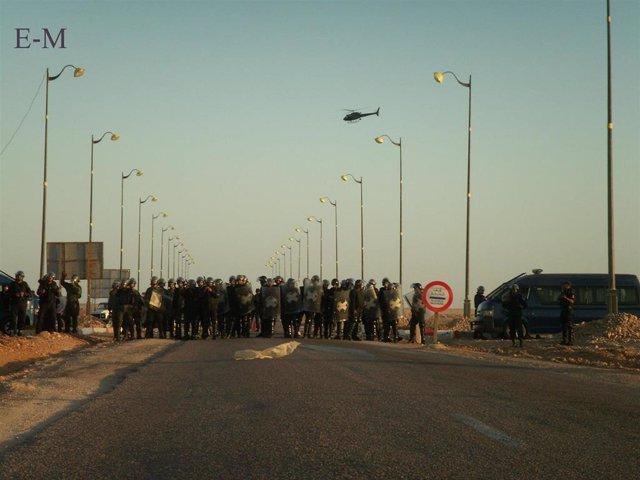 Gendarmería marroquí en el Aaiún