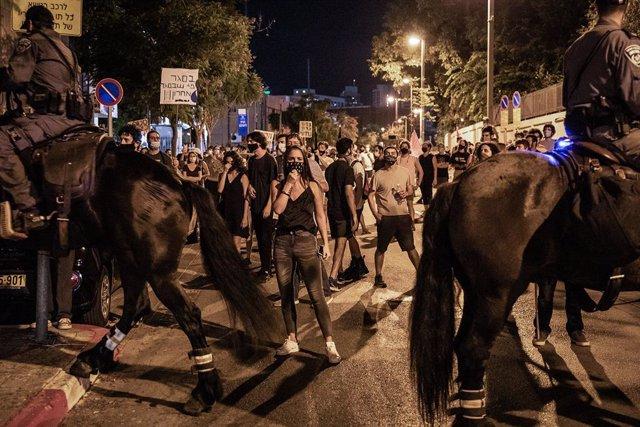 Israel.- Más de 30 detenidos en Israel durante nuevas protestas contra las restr