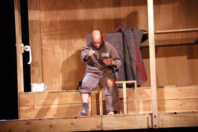 Pla obert durant l'obra 'Mon pare és un ogre' de la companyia de Lleida La Baldufa al festival Mil Maneres d'Alcoletge, el 4 d'octubre de 2020. (Horitzontal)