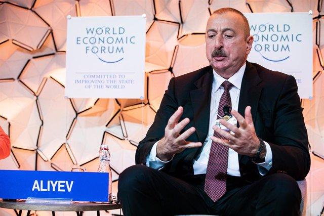 Armenia/Azerbaiyán.- El presidente azerí condiciona un alto el fuego a la retira