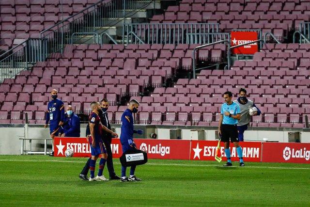 Fútbol.- Jordi Alba se someterá este lunes a pruebas por molestias en los isquio