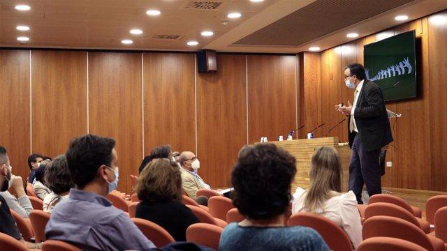 José Ramón Alonso Peña, Catedrático de Biología Celular
