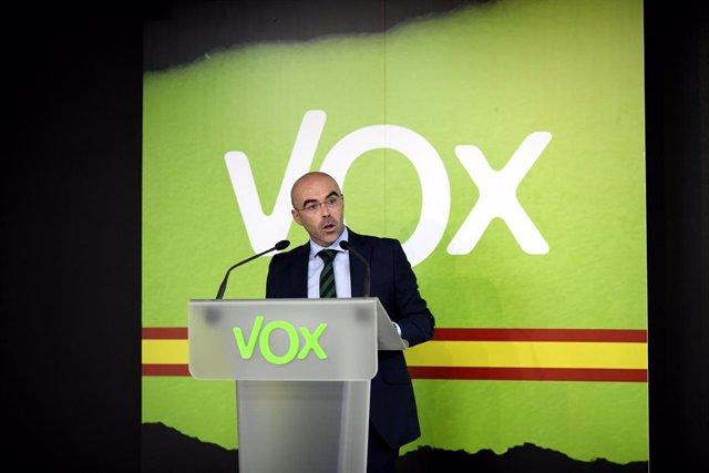 """Vox celebra que el Rey vuelva a Barcelona, pero cree que es una """"cortina de humo"""