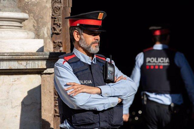 Agents de Mossos d'Esquadra.