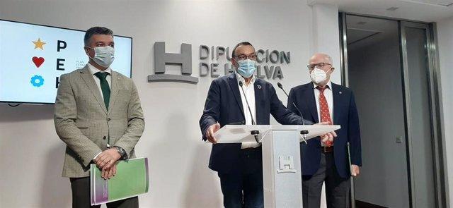 El presidente de la Diputación, Ignacio Caraballo, durante la presentación de la campaña de información y concienciación para la vacunación de la gripe en grupos de riesgo.