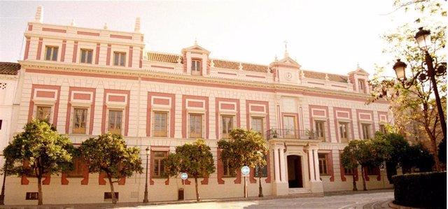 Fachada de la Casa de la Provincia de la Diputación de Sevilla
