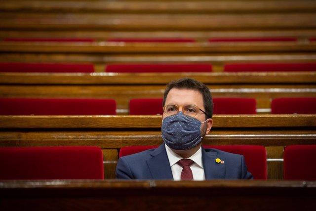 El president interí de la Generalitat, Pere Aragonès, durant una sessió plenària monogràfica al Parlament. Barcelona, Catalunya (Espanya), 30 de setembre del 2020.