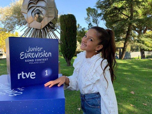 Soleá Fernández Moreno, sevillana de 9 años, será la representante española en Eurovisión Junior 2020 que se celebrará el 29 de noviembre en Varsovia (Polonia), con un formato diferente debido a la pandemia del coronavirus.