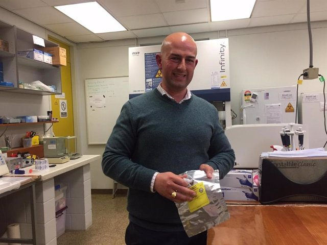 El investigador del cáncer de la Universidad de Flinders, Dr. Roger Yazbek.