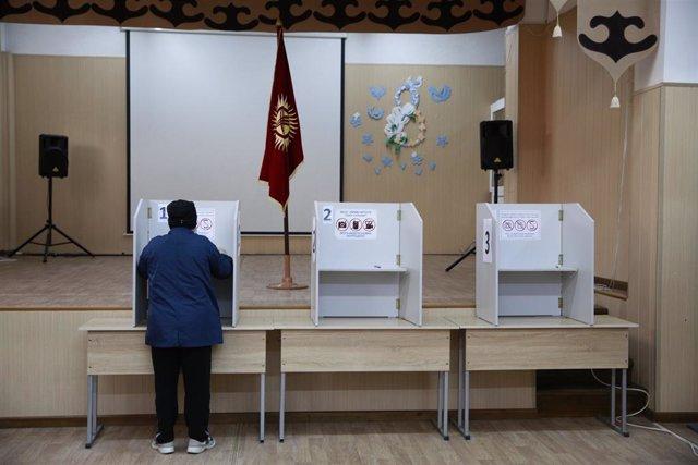 AMP2.- Kirguistán.- Al menos 16 heridos en disturbios entre policía y manifestan
