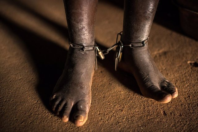 DDHH.- Vivir encadenados, la realidad de cientos de miles de personas con proble