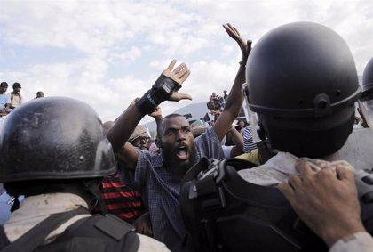 """La ONU advierte que las protestas en Haití dejan al país al """"borde de la inestabilidad"""" y critica la impunidad"""