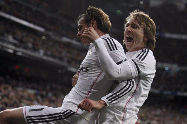 """Fútbol.- Modric: """"La gente ha olvidado lo que ha hecho Bale, es injusto"""""""