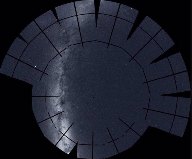 El cazador de exoplanetas TESS crea una panorámica del cielo del norte