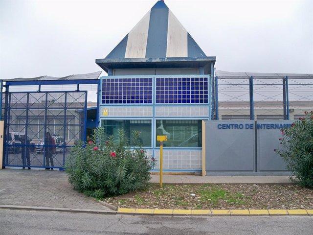 Centre d'Internament d'Estrangers (CIE) de la Zona Franca