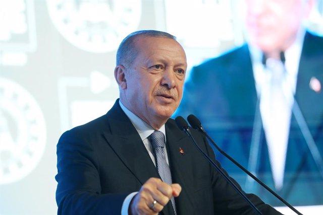 """Francia.- Erdogan critica el plan de Macron contra el """"separatismo islámico"""" en"""