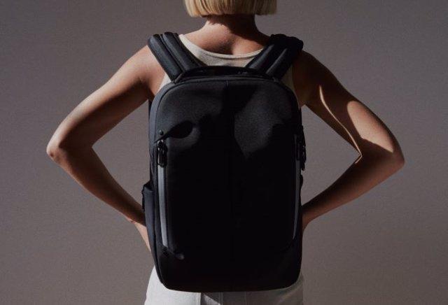Samsonite lanza una mochila inteligente con tecnología Jacquard de Google