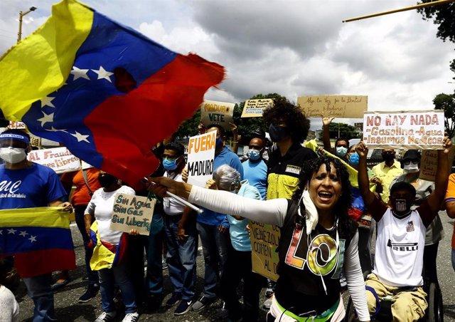 Protestar contra el Gobierno de Nicolás Maduro